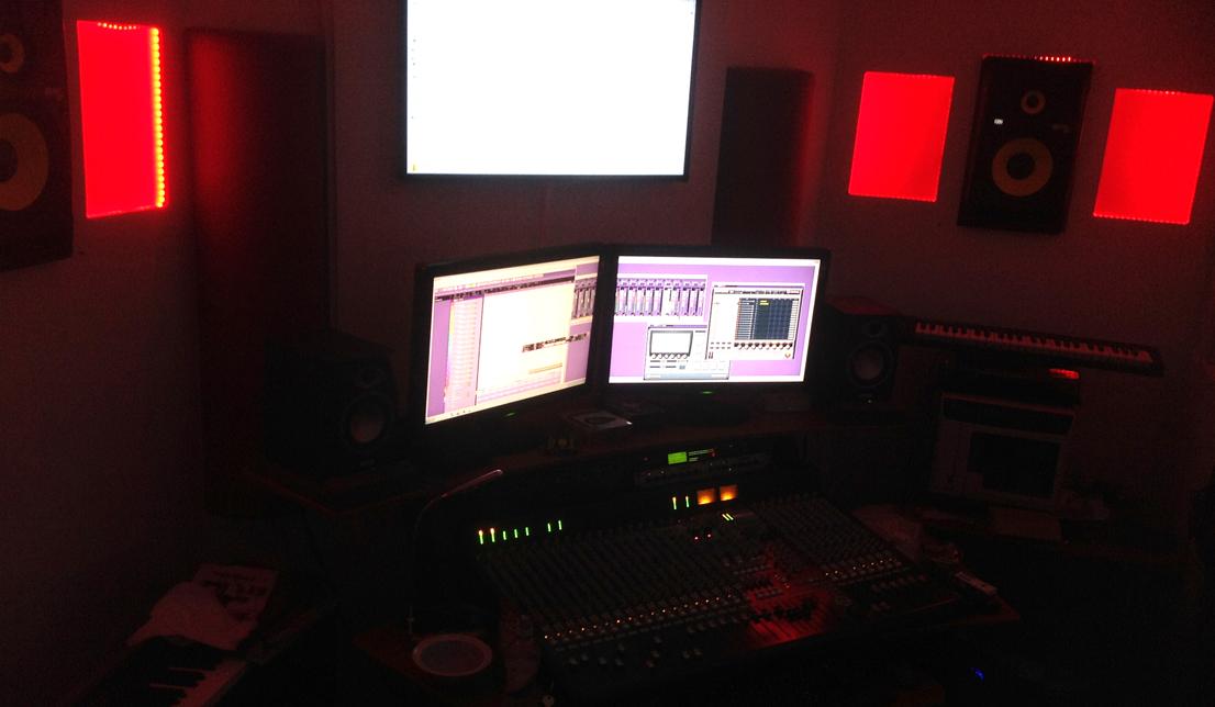 studio dark